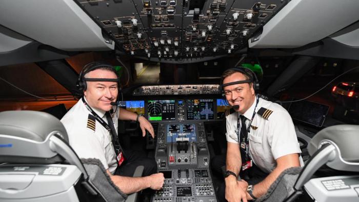 Nuevo hito de la aviación comercial:   de Londres a Sidney en 19 horas y media