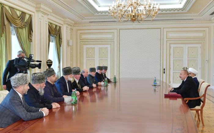 Ilham Aliyev empfängt eine Gruppe muslimischer Geistlicher aus nordkaukasischen Republiken Russlands -   FOTOS