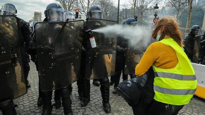 Wie die Wut Frankreichs Politik veränderte