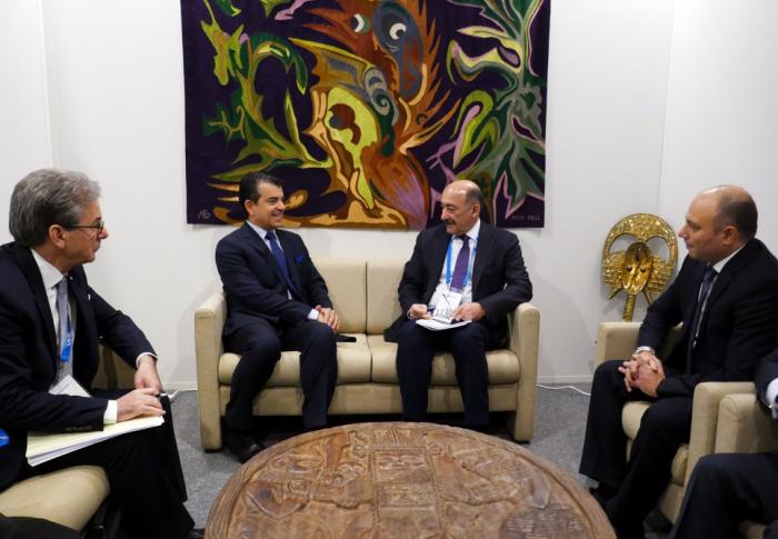 Ministro de Cultura de Azerbaiyán se reunió con el director general de ISESCO durante su visita a París