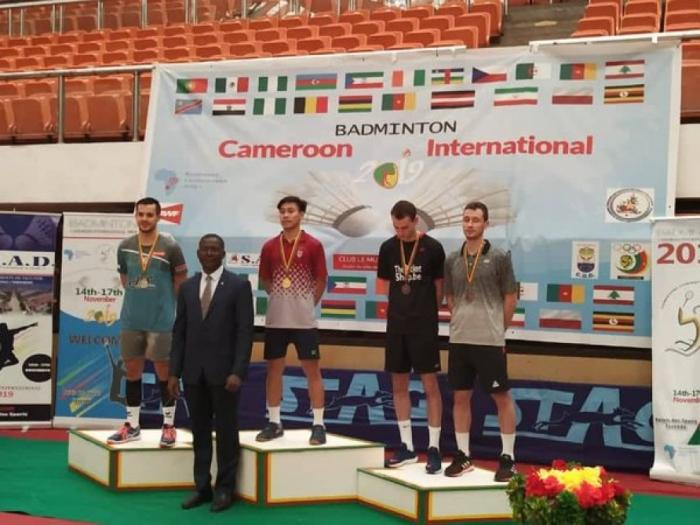 Badmintonista azerbaiyano gana la medalla de oro en Camerún