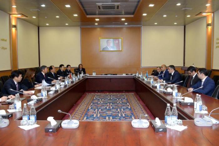 Se extiende la cooperación en lógistica entre Azerbaiyán y China