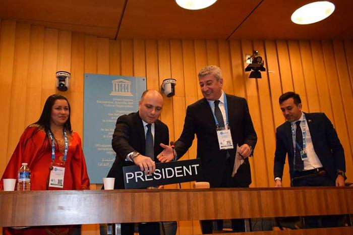 Venezuela entrega en Unesco presidencia del Mnoal a Azerbaiyán