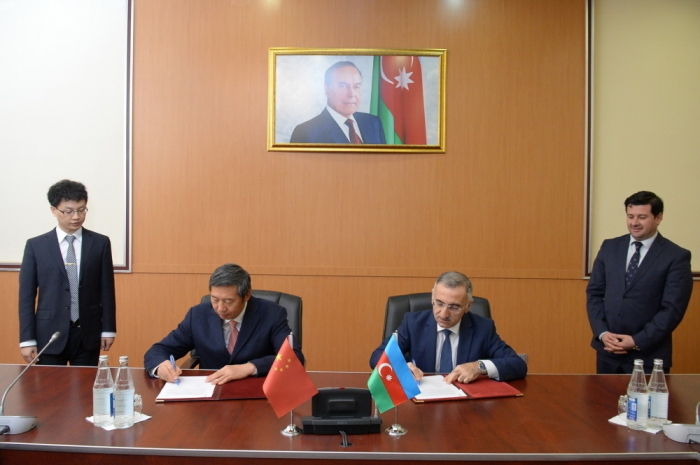 Firma del Acta Final de las negociaciones entre las delegaciones de Azerbaiyán y China