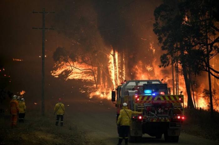 Schools close across Australia