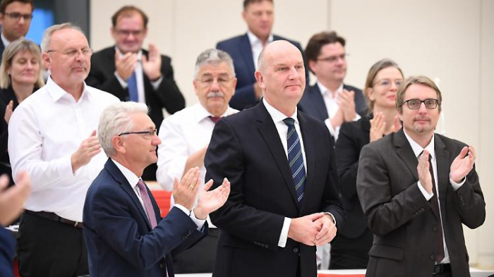Brandenburgs Woidke im Amt bestätigt