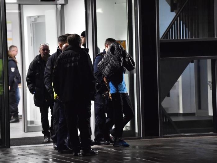 Angriff auf Weizsäcker gibt noch Rätsel auf