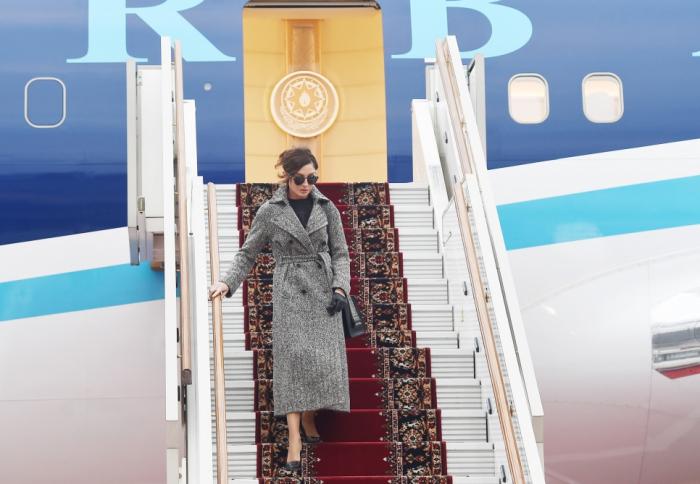Aserbaidschans erste Vizepräsidentin kommt zum offiziellen Besuch nach Russland
