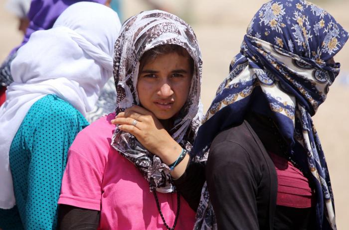 Arrivée en France de 27 femmes yazidies et leurs enfants
