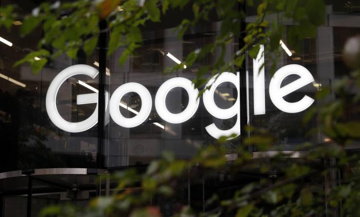 Google anuncia restricciones a los anuncios políticos y aísla aún más a Facebook