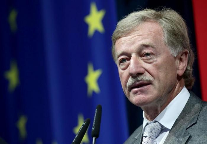 EZB-Direktor -   Aufsicht könnte Banken bei Fusionen entgegenkommen