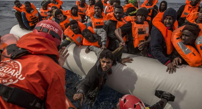 Open Arms rescata a decenas de personas en las aguas territoriales de Libia