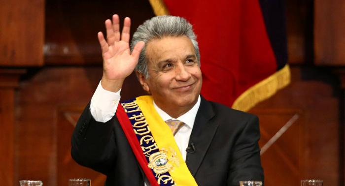 Presidente de Ecuador renuncia a su pensión vitalicia hasta mayo de 2021