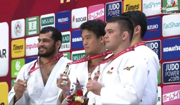 Elmar Qasımov Yaponiyada gümüş medal qazandı