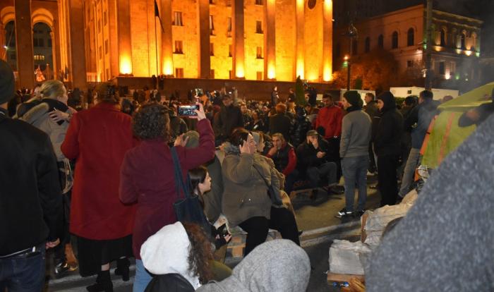 Tbilisidə yenidən etiraz aksiyası keçirilir - FOTO