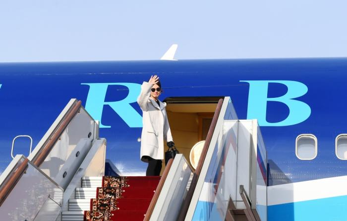 Erste Vizepräsidentin Mehriban Aliyeva schließt offiziellen Besuch in Russland ab