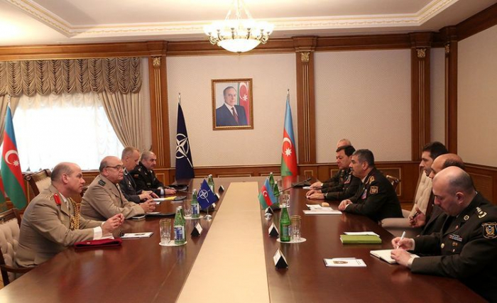 Defense Minister meets with Chairman of the NATO Military Committee
