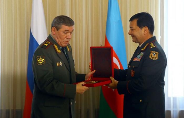 Chiefs of Azerbaijani, Russian General Staffs hold meeting in Baku
