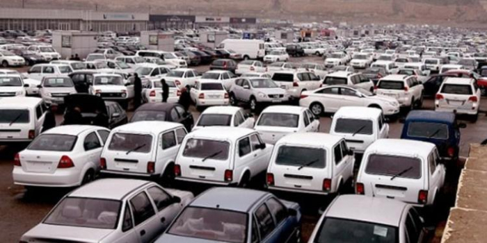 Azerbaijan's State Customs Committee eyes to increase excise taxes on import of old cars