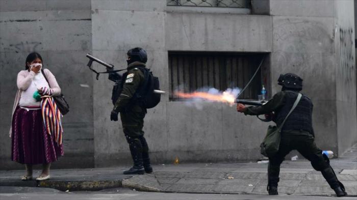 ¿Se está convirtiendo Bolivia en una dictadura militar de derecha?