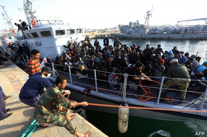 Libyan navy rescues over 200 migrants