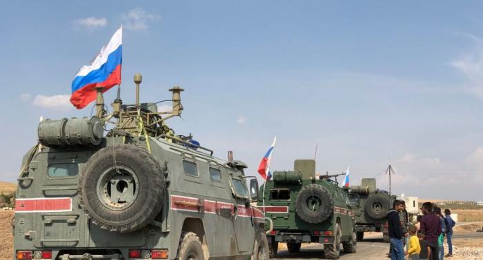 Russische Militärpolizei erschließt neue Patrouillenroute in Nordsyrien