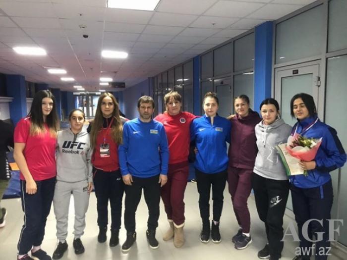 Güləşçilərimiz Rusiyada iki medal qazandı