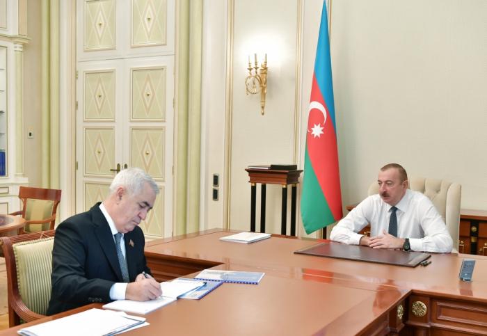 President Ilham Aliyev receives chairman of Azerbaijan Railways Closed Joint Stock Company