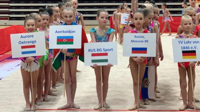Junior Azerbaijani gymnast wins silver at int