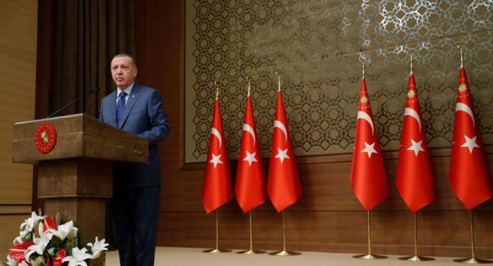 أردوغان يعلن أنه ينوي مناقشة تنفيذ المذكرة الروسية التركية حول سوريا مع بوتين