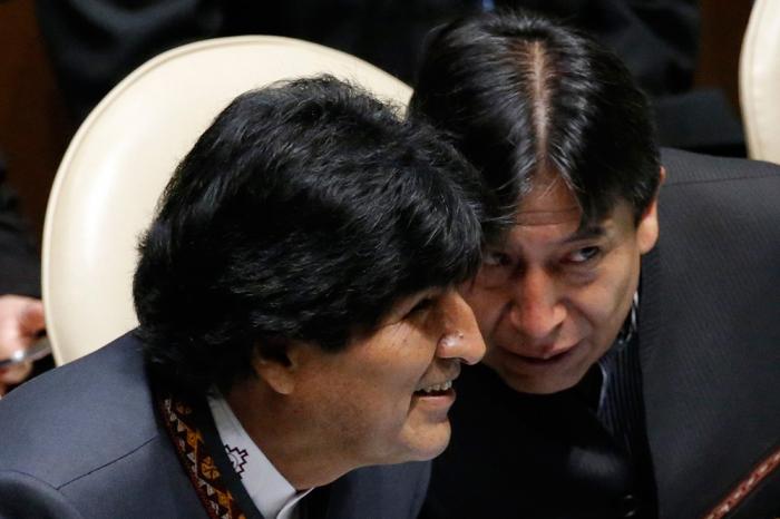 Moralesi devirmək istəyirlər