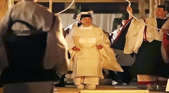 إمبراطور اليابان يُنهي طقوس تتويجه.. بقضاء الليل مع آلهة الشمس