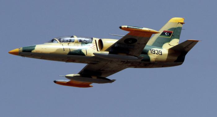 """بيان من الجيش الليبي حول غارات جوية على """"19 مدرعة تركية """" بمصراتة...فيديو"""