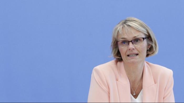 """Bildungsministerin Karliczek lehnt Schulfach """"Klimaschutz"""" ab"""