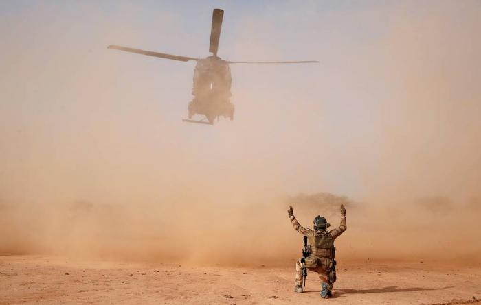 2 helikopter toqquşub, 13 fransız hərbçi ölüb