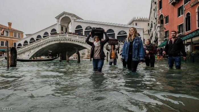 """فيضانات """"تاريخية"""" تغرق البندقية.. وحل واحد لمواجهة الكارثة"""