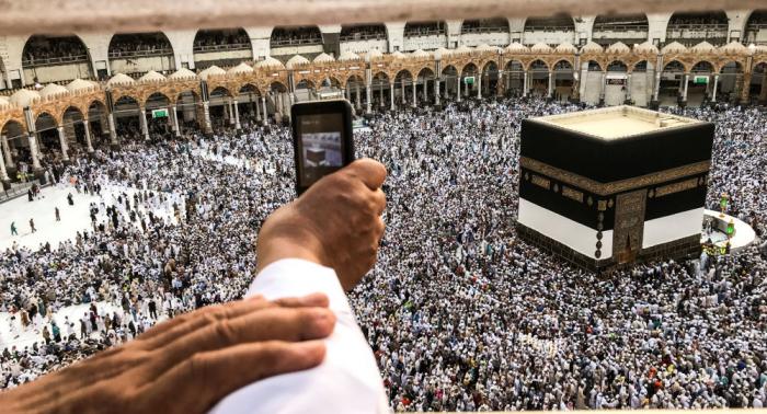 رسالة إلى الملك سلمان وولي عهده بشأن الحرم المكي والمسجد النبوي
