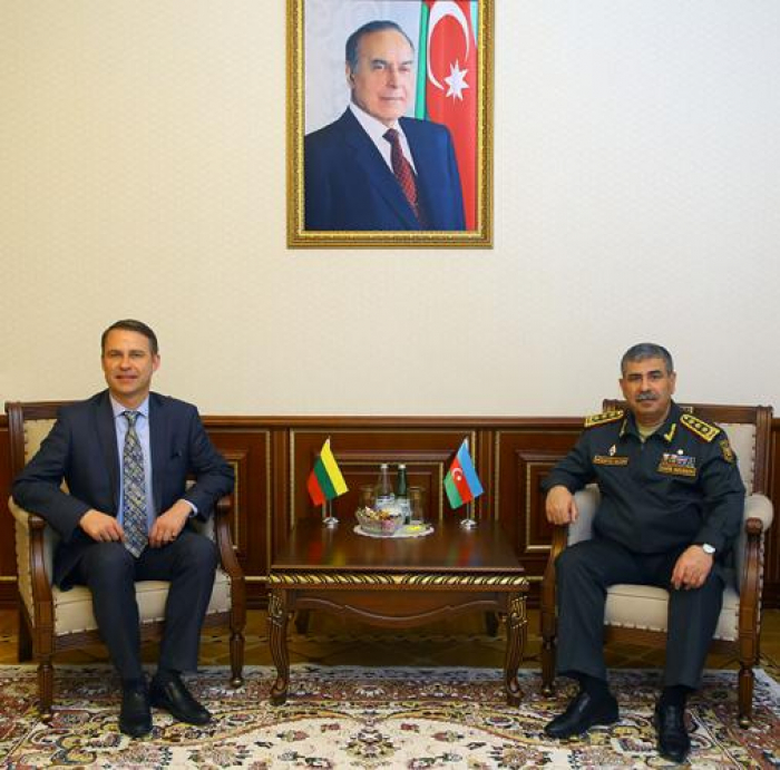 Minister of Defense meets with new Lithuanian Ambassador to Azerbaijan