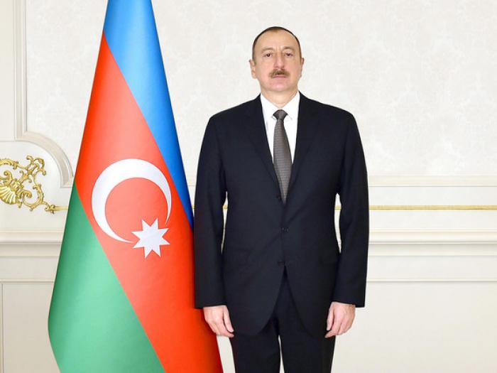 Ilham Aliyev asiste al evento dedicado al 70 aniversario de Sumgayit