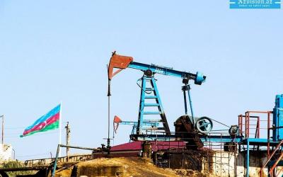 Cae el precio del petróleo de Azerbaiyán