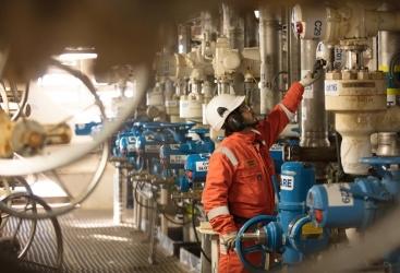 Azerbaiyán aumenta las exportaciones de crudo en un 11%