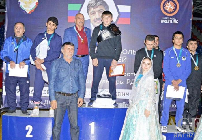 Güləşçilərimiz beynəlxalq turnirdə 5 medal qazanıb