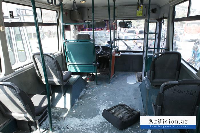 Bakıda sərnişin avtobusu qəzaya uğradı - Yaralılar var