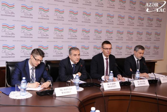 Baku hosts roundtable with participation of delegation of Visegrad Group