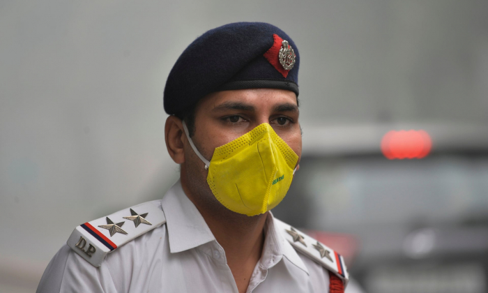 Flights diverted in Delhi as toxic smog hits worst levels of 2019