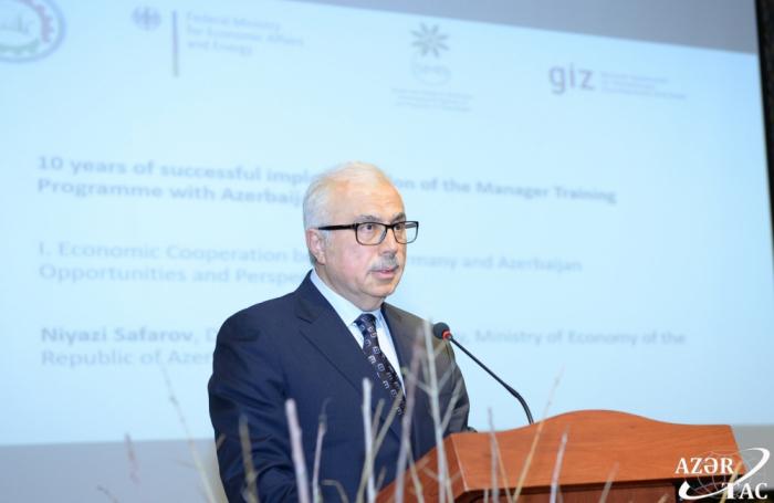 El programa alemán-azerbaiyano para la mejora de la cualificación de los gerentes ha sido implementado con éxito durante 10 años