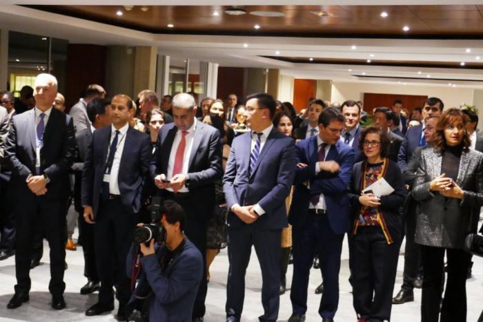 احتفال بالذكرى الخامسة والعشرين لتأسيس اللجنة الوطنية الأذربيجانية لليونسكو في باريس