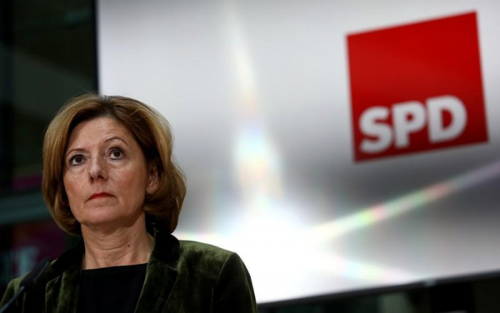 German coalition parties wrestle over higher basic pension