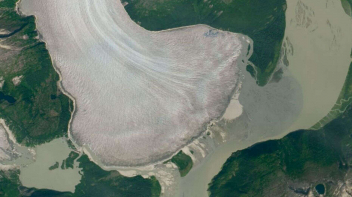 World's thickest mountain glacier is melting, new NASA images reveal