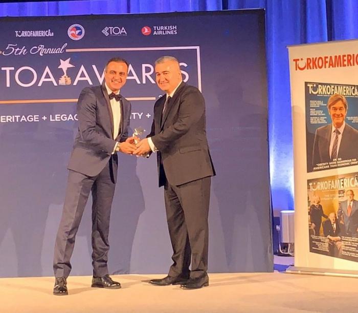 السفير الأذربيجاني يحصل على جائزة في الولايات المتحدة